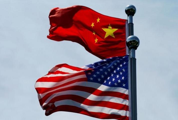 Μηχανισμό για αντίμετρα στον οικονομικό πόλεμο των ΗΠΑ εισάγει η Κίνα
