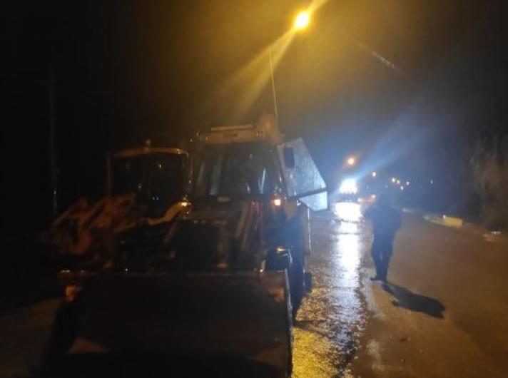 Πλημμύρες στη Σιθωνία – Επέμβαση της πυροσβεστικής για απεγκλωβισμό από χείμαρρο (Videos)