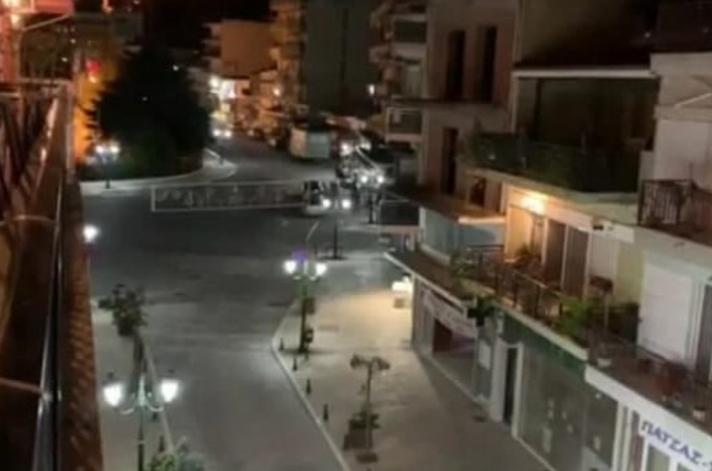 Σέρρες: Βάζουν τέρμα τα ηχεία και ακούνε τις Ιερές Ακολουθίες της Μεγάλης Εβδομάδας - ΒΙΝΤΕΟ
