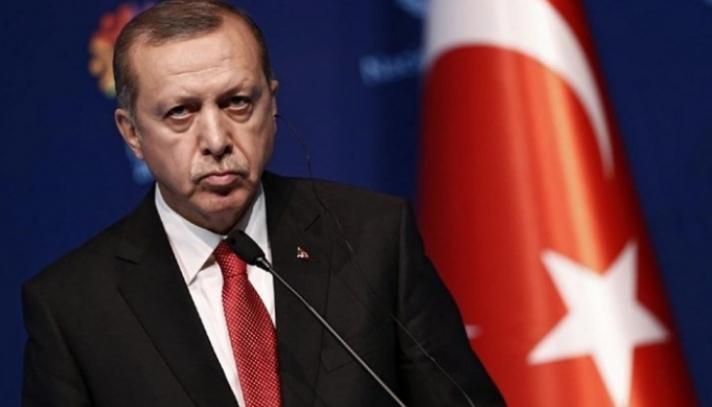 """Μήνυση Ερντογάν και αυτεπάγγελτη έρευνα της Εισαγγελίας της Άγκυρας για το πρωτοσέλιδο της εφημερίδας """"Δημοκρατία"""""""