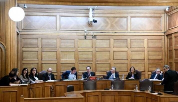 Υπόθεση Novartis: Καταθέτει στην Προανακριτική Επιτροπή ο Μανιαδάκης
