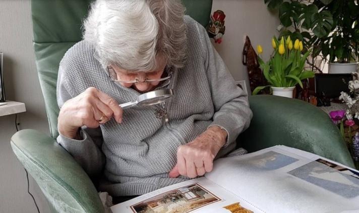 «Έριξε» το διαδίκτυο η γιαγιά: Τρελό κόλπο της στην κουζίνα θα σας αφήσει άφωνους