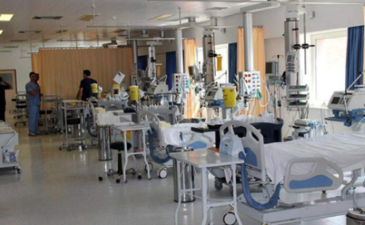 Σε παρατεταμένη έξαρση η γρίπη, τους 53 έφθασαν οι νεκροί