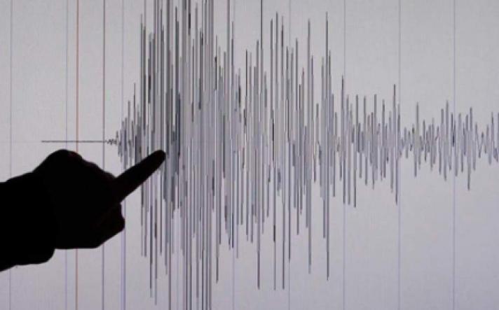 Τώρα : Ισχυρός σεισμός 5,3 Ρίχτερ στην Αττική