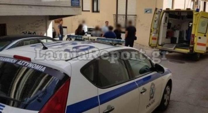 Ταξιτζής περίμενε πελάτισσα να κατέβει από το σπίτι και αυτή είχε πεθάνει
