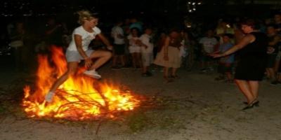 Φωτιές και στη Νέα Κορώνη