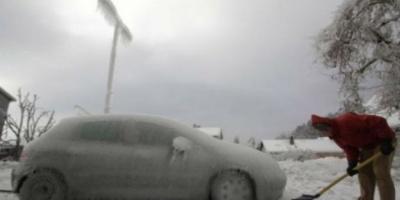 ΠΡΟΣΟΧΗ: Δείτε γιατί δεν πρέπει να προθερμαίνετε τον κινητήρα του αυτοκινήτου σας τον χειμώνα!