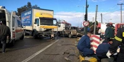 Τρεις νεκροί και δύο τραυματίες σε τροχαίο στην εθνική Πατρών-Πύργου