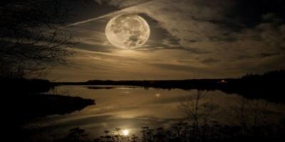 Τι είναι και πότε έρχεται η σούπερ σελήνη