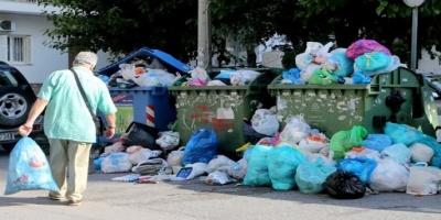 Βουνό τα σκουπίδια - Θολώνουν το τουριστικό πρόσωπο της Ελλάδας