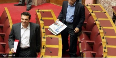 Σφυροκόπημα της αντιπολίτευσης για την εμπλοκή Μουλόπουλου στον ΔΟΛ