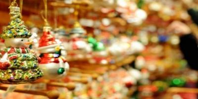 Εορταστικό ωράριο: Ποιες Κυριακές τα καταστήματα θα είναι ανοιχτά