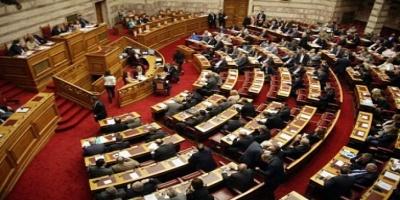 Καβγάς στη Βουλή: Θα μας πεις και τι ύφος να έχουμε; (ΒΙΝΤΕΟ)